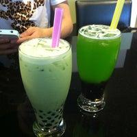 Photo taken at Zephyr Tea House Cafe 飄香 by Shiyu on 7/14/2012
