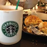 Photo taken at Starbucks by Farhana on 8/28/2012