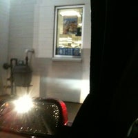 Photo taken at White Castle by JTTHATDUDE on 11/27/2011