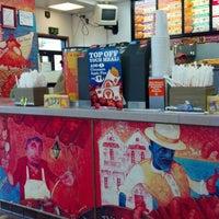 Photo taken at Popeyes Louisiana Kitchen by Brian M. on 11/28/2012