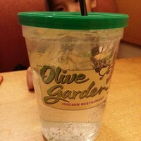 Photo taken at Olive Garden by Raytana W. on 1/9/2013