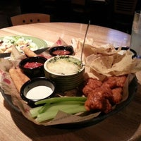 Photo taken at Applebee's Redwood City by Hossam A. on 7/15/2013