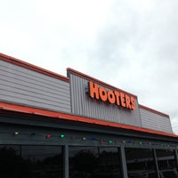 Photo taken at Hooters by Richard A. on 5/2/2013