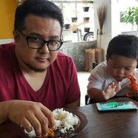 Photo taken at Restoran Minah by azza hana a. on 2/9/2016