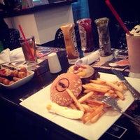 Photo taken at Burger House by Rodrigo A. on 10/2/2013