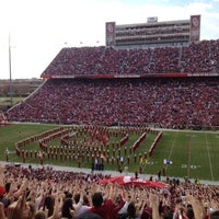 Photo taken at Gaylord Family Oklahoma Memorial Stadium by Lesley S. on 11/10/2012