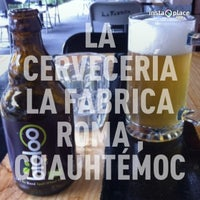 Photo taken at Cerveceria La Fabrica Roma by Puppet Beat on 3/28/2013