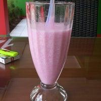 Photo taken at Sam's Strawberry Corner by Andhika S. on 4/26/2015