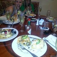 Photo taken at Johnnie's Restaurant by Marielle W. on 4/6/2013