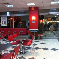 Photo taken at Burger King by A.Nermin on 1/21/2013