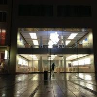 Das Foto wurde bei Apple Rosenstraße von Peter O. am 8/3/2013 aufgenommen