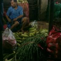 Photo taken at Pasar Keputran Utara by Eko J. on 1/21/2013