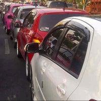 Photo taken at Jalan Pahlawan by Ellysa S. on 9/19/2014