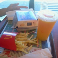 Photo taken at McDonald's by Fabiola D. on 7/4/2013