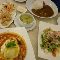 Photo taken at Noodle'n Rice Company by 🌠Kūra Ð. on 1/7/2016