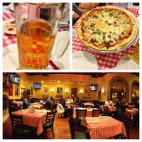 Photo taken at Giannetto's Pizza by Patrick O. on 11/18/2012