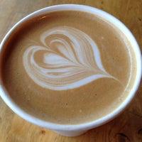 Photo taken at Pasha Coffee & Tea by Noelia B. on 9/12/2014