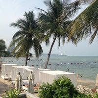 Beach Bar@pullman Aisawan Hotel