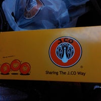 Photo taken at J.Co Donuts & Coffee by Didit Y. on 12/7/2014