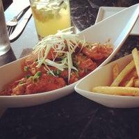 Photo taken at Maple Ave Restaurant by Viri V. on 8/31/2013
