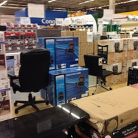 Photo taken at Sam's Club by Jairo F. on 11/16/2013
