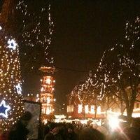 Photo taken at Mainzer Weihnachtsmarkt by Rebecca K. on 12/13/2012