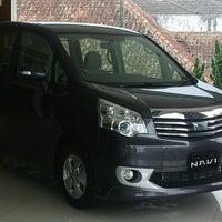 Photo taken at Wijaya Toyota-Dago by Yon S. on 5/21/2013