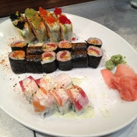 Photo taken at Sushi Zushi by Ray H. on 6/16/2013
