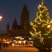 Photo taken at Mainzer Weihnachtsmarkt by Rhein M. on 12/2/2012