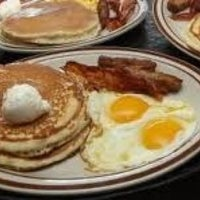 Photo taken at Denny's by Dynasty N. on 11/18/2012