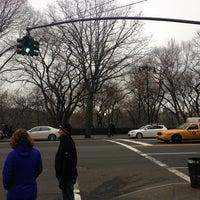 Photo taken at Landmark On The Park by Ernesto M. on 12/29/2012