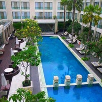 Photo taken at The Courtyard Pool by Hotel Aryaduta M. on 8/8/2014
