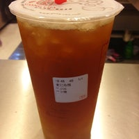 Photo taken at Gong Cha 貢茶 by Scott Y. on 11/21/2012