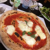 Photo taken at Pizzeria Mari' by Hadi S. on 4/4/2015