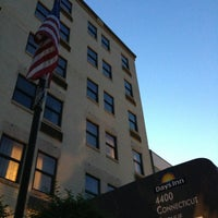 Photo taken at Days Inn Connecticut Avenue by Zhiwen Y. on 8/23/2013