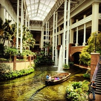 Photo taken at Gaylord Opryland Resort and Convention Center by Erick U. on 8/9/2013