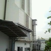 Photo taken at บริษัทนิสชิน เอสทีซี ฟลาวมิลลิ่ง จำกัด by Man_Used👽👾👽 on 10/17/2012