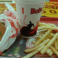 Photo taken at Bob's by Gabriely B. on 1/25/2013