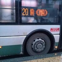 Das Foto wurde bei Terminal Bus Anagnina von Soggetti d. am 1/28/2013 aufgenommen