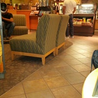 Photo taken at Starbucks by Mimmo on 10/18/2013