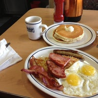 Photo taken at IHOP by Cesar M. on 2/19/2013