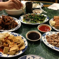 Photo taken at Taiwanese Specialties 老華西街台菜館 by Jackey L. on 12/16/2012