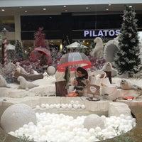 Photo taken at El Tesoro Parque Comercial by Jose Julian A. on 12/13/2012