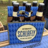 Photo taken at Friendship Wine & Liquor by Говард Г. on 10/17/2015