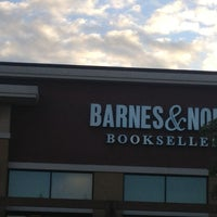 Photo taken at Barnes & Noble by Mossman $. on 6/19/2014