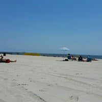 Photo taken at Point Lookout Beach (Town Park) by :-) Diane B. on 5/29/2015