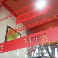 Photo taken at Grand CitiHub Hotel @TUNJUNGAN by Sonny K. on 1/1/2014