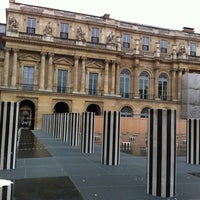 Photo taken at Palais Royal by KH201110 on 11/1/2012