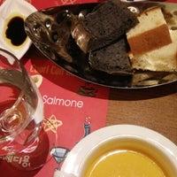 Photo taken at Conte di Yong by Sorrh on 12/18/2012
