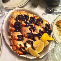 Photo taken at Joe's Stone Crab by Kara Ann B. on 12/11/2012